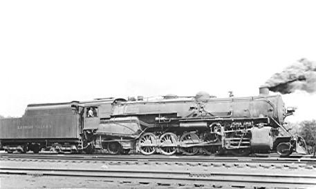 LV 4047
